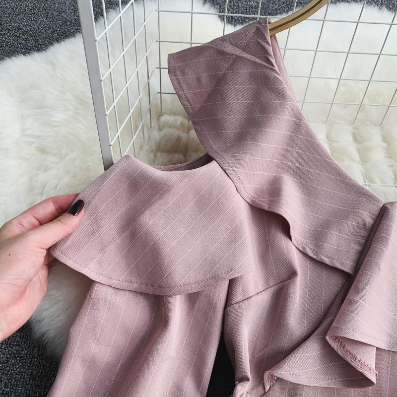 Spring Summer Jumpsuit for Woman Women's 2019 New Heart Machine Lotus Edge V-neck Long Sleeve High-waist Stripe Short Overalls 20