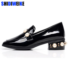 Pumps 2018 Spring Women' Shoes Pearl Enamelled Leather Pumps Shallow Square Toe Retro Women Pumps Crystal Middle Square Heels(China)