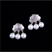Simple And Fresh Drawing Art Sweet 925 Silver Fashion Jewelry Personality Clouds Pearl Female Earrings SE191(China)