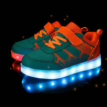 Kids Luminous Sneakers 2017 New Spring Breathable Sports Shoes Boys Girls USB Charger Led Light Shoes for children size 25~37