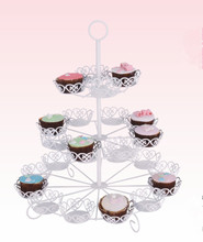 Flower Shaped Wrought Iron Dessert Stand For 24 Cups Display Detachable design