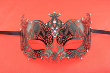 Elegant Metal Laser Cut Venetian Ball Masquerade Mask Diamond Fashion Shows Party Black Funny Sexy Masks Free Shipping