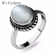Vintage Thai Silver color Black Rhinestone Filled White Round Opal RingWomen Natural  Moonstone stone ring Jewelry