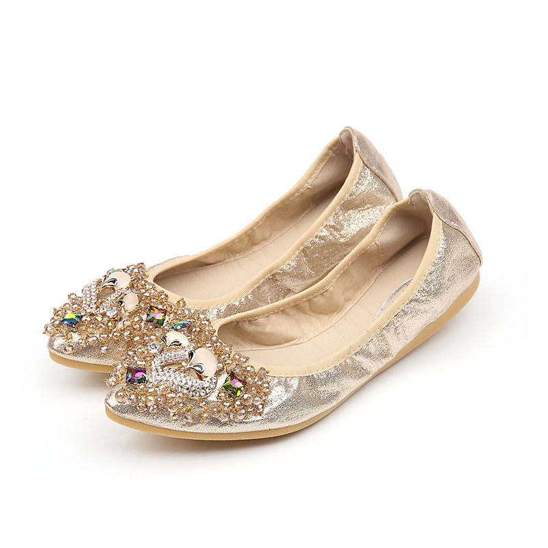 34-42 Plus Size genuine leather Flat Shoes Women Spring Autumn 2017 New Rhinestones Pointed Soft Bottom Shallow Egg Roll Shoes<br><br>Aliexpress
