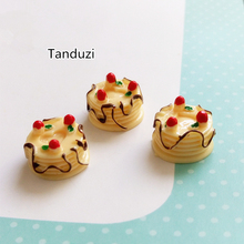 Tanduzi 20PCS Resin Flatback Birthday Cakes Fake Strawberry Cream Cakes Miniature Food Kawaii Cabochons Dollhouse Cake