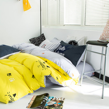 100% Cotton Bedding Sets Lovely Cat Yellow Soft Bed Linens King Queen Size Duvet Bed Cover Sheet Twin Comforter Bedroom Home