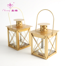 Furnishing Metal Lantern Candle Holder Retro Wedding Gold Candlestick Decor Birthday Gift Party Festival Home Decorations