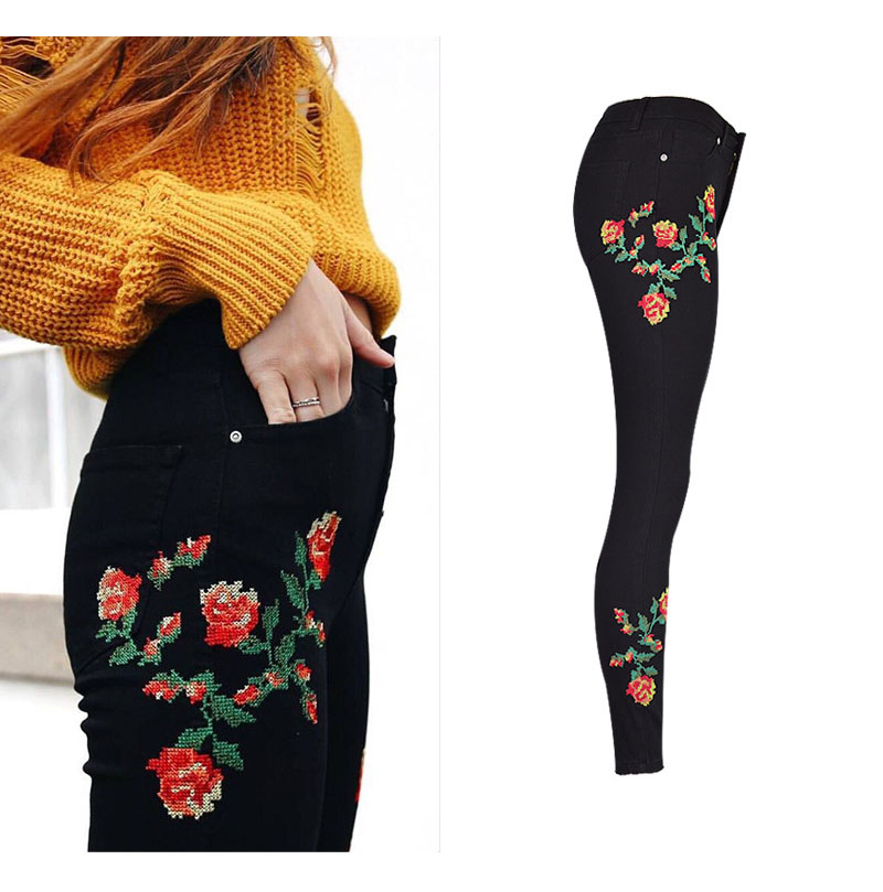 2017 European and American women hot high waist Slim stretch front and rear side cross embroidery roses cowboy pants pants pants (3)