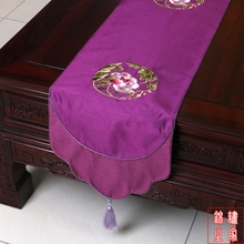 200*33cm Chinese Classic Luxurious embroidered Flower Pattern Brocade Pure Purple Table Runner and Bed Flag With Tassel