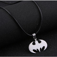 Jewelry Slippy Batman necklaces between stainless steel pendant necklaces Leather Mens chain necklaces