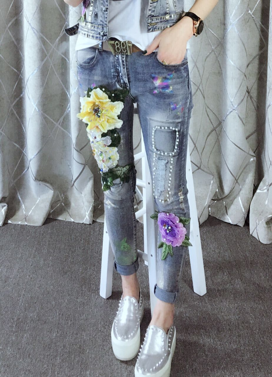 Europe Fashion Personality Stretch Slim oil painting flower stitching patchwork pearl stitch attractive ripped bird image JeansОдежда и ак�е��уары<br><br><br>Aliexpress