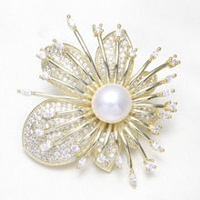 Gold-color Cubic Zircon CZ Rhinestone Brooch Women Wedding Bridal Jewelry 100% Natural Pearl Flower Brooches Butterfly Gifts
