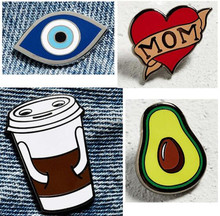 2017 new Exclusive hot style mom heart drops of glaze brooch coffee cup faty mom glasses fruit bag cowboy clothing accessories