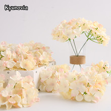 Kyunovia 50pcs artificial Silk Hydrangea flower head Ball Chrysanthemum Wedding Path Home Hotel DIY flower wall accessories KY34(China)