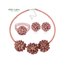 Candy daisy flower necklace set for women crystal bracelet stud earring maxi choker bohemia boho collar jewelry female mujer(China)