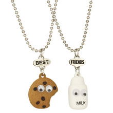 2017 KUNIU Band Hot 2pcs/set Best Friends BFF Pendant Bead Chain Necklace Milk & Cookie Biscuit Kids Jewelry Lead Nickel