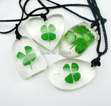FREE SHIPPING $44.99 wholesale 48 pcs Cool Summer Shamrock Real Four Leaf Clover Pendant Good Lucky Jewelry(China)