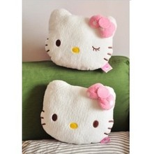 24*18cm Sweet Pink Polka Dots Bow Hello Kitty Plush Neck Pillow Car Neck Pillow Auto Accessories
