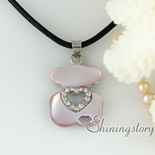 white oyster shell yellow oyster shell pink oyster shell rainbow abalone Shell rhinestone heart necklaces with pendants