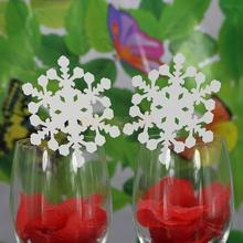 50pcs Ice White Christmas Snowflake Wine Glass Hollow Out Name Place Cards Party Dinner Feast Decor