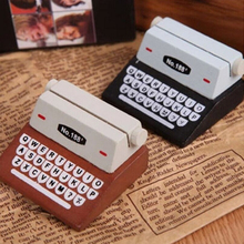 1PC Mini Retro Typewriter Desktop Figurines Wooden Message Note Clip Pictures Holder Home Decor Arts Crafts Kids Toys V4104(China)