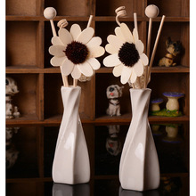 Fragrance Wood Sunflower Stick Combination And Porcelain Bottle Aromatherapy Oil Suits Air Refreshing Home Decoration Artware