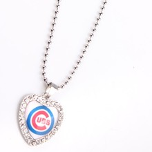 MLB 2016 Season Champion Chicago Cubs Fashion Jewelry Heart-Shaped Glass Pendant And 60CM Chain For Best Fans Gift