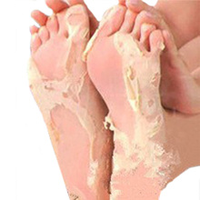 2pairs=4pcs Free Shipping Milk Vinegar Foot Peeling Remove Dead Skin Foot Mask Skin Smooth Socks For Pedicure Foot Care(China)