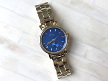 New Clean Geneva Watch Silver Blue Dial Color Stainless Steel Analog Watches Women