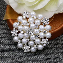 Classic Simulated Pearl Bridal Brooch Pins with Clear Crystal Rhinestones for Women Bride or Wedding DIY Bouquets(China)