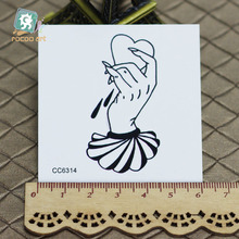 6X6cm Little Vintage Old School Style Your Heart in My Hand Temporary Tattoo Sticker Body Art Water Transfer Fake Taty