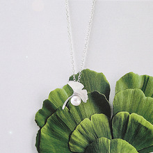 Ginkgo Leaf and Pearl Necklace 925 Sterling Silver Jewelry Chain Contracted Fashion Elegant Female Clavicle Joker Adorn Article