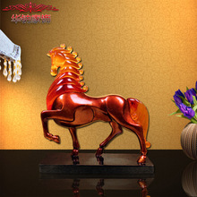 home decoration accessories The new European glass handicrafts resin Home Furnishing lucky ornament horse model of handicraft(China)