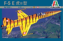 Out of print product! Italeri model 1233 1/72 F-5 E tiger II Plastic Model Kit