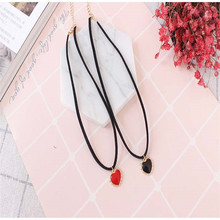 Free shipping fashion ladies jewelry personalized love pendant short neck necklace personality girls decorative necklace