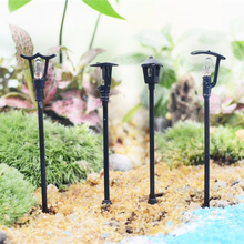 Retail 4 colors street lamp fairy garden miniatures mini gnomes moss terrariums resin crafts figurines for garden decoration