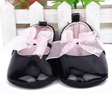 Lovely Toddler Baby Girl Soft Sole Bow knot Pre walker PU Leather Crib Black Shoes(China)