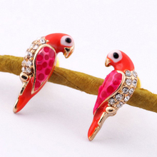 New 1Pair Wholesale Fashion Charms Crystal Earrings Loverly Animal Red Bird Ear For Women Jewelry Christmas Gifts
