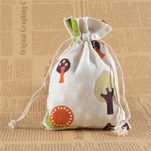 50Pcs 10*14cm Cartoon tree pattern white natural linen candy bag Wedding party gift bag Can used jewelry storage free shipping