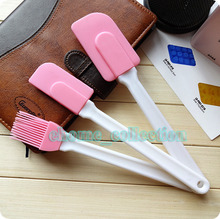 Kitchen New & High quality Silicone 3Pcs/set Baking Tool (2 pcs spatula scraper and 1 pcs Brush) Easy removal of Baked Goods(China)