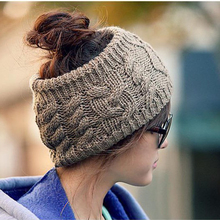 Women Beanies Hats Casual No Top Twist Pattern Winter Knitting Wool Skullies Simple Warm Cap 2017 Fashionable Female Accessories