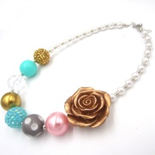 St.Patrick Day Necklace Beautiful Girls Chunky Necklace Rose Flower Beads Bubble Gum Necklace Photo Prop Gift Jewelry Accessory(China)