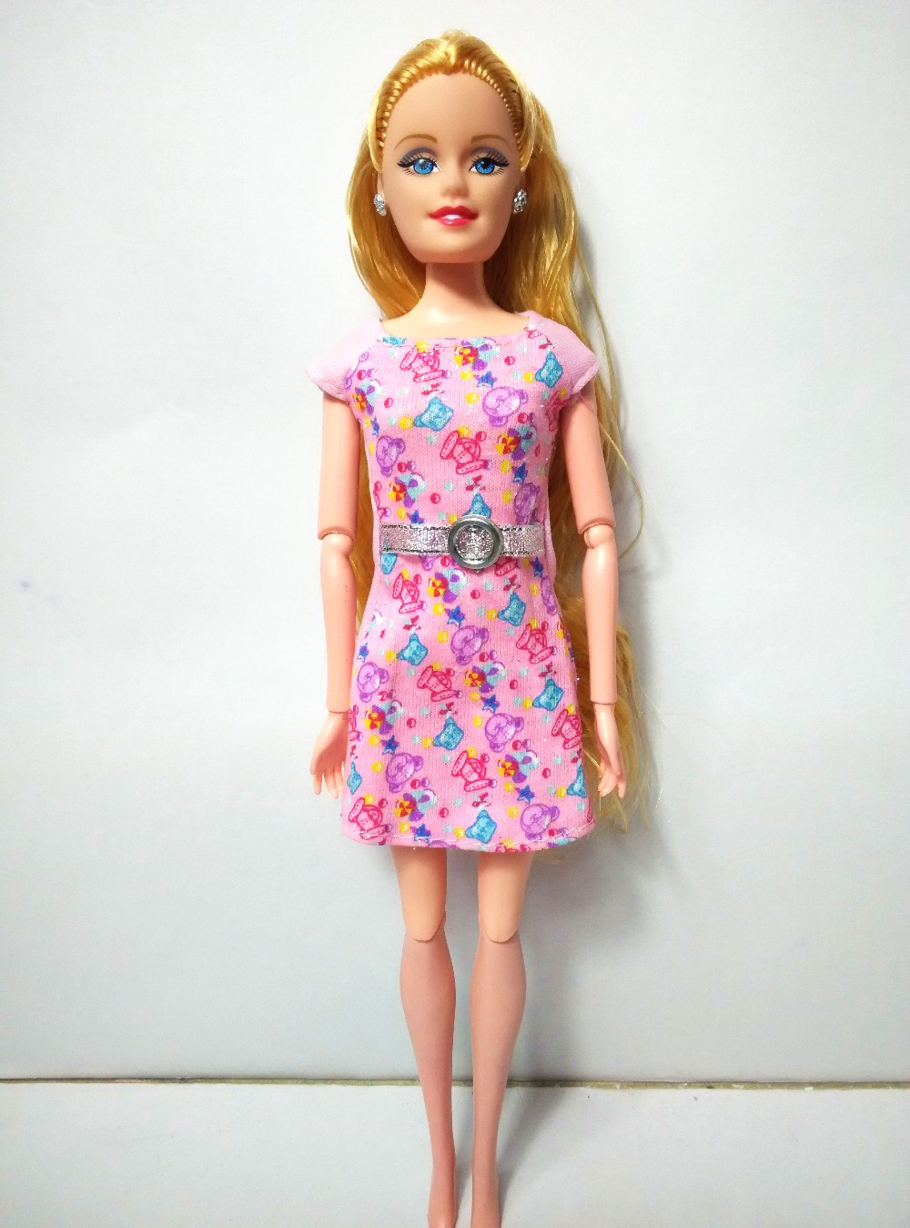 Authentic For Barbie Dolls pink Speckl O118 Gown Garments Get together Robe Informal wears 2016