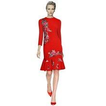 レディース冬服の花刺繍赤ドレスラウンドネックロングスリーブフィッシュテイルフリルタイトドレス滑走路秋のドレス販売