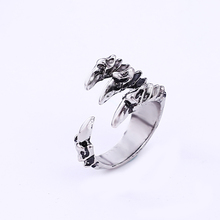 Cheap Vintage Antique silver dragon claw Ring for Men circle dragon claw  men Rings Fashion Jewelry Free shipping new arrival