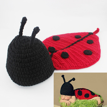 Baby Photography Props Newborn Infant Costume Outfit Crochet Ladybug Hat and Cover Set Handmade Animal Beanie with Cape H017