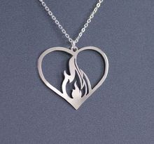 10pcs Flaming Heart necklace For its wearer it might symbolize passion, burning love,girl jewelry gift