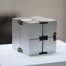 Infinite box cube INFINITY CUBE decompression cube toys to ease the pressure against irritability box spot EDC