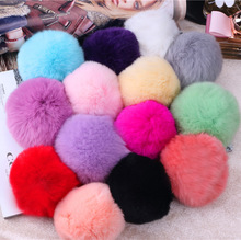 Wholesale 8cm Luxury Keychain Genuine REX Rabbit Fur Ball Keychain Fluffy Fur Ball Charm Key Chain Cell Phone Keychain Key Chain