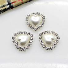 New 2016 HOT 10PCS/LOT white 18mm heart Flat Back Rhinestone button Crystal DIY Wedding Invitation gail hair Flower Accessory